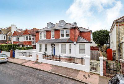 One Bedroom Flat - 14 Hurst Road, Eastbourne